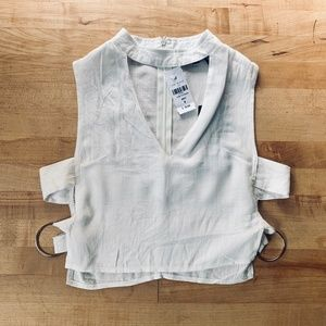 NWT [LF] x Charms open side cropped linen top